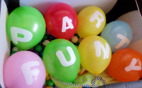 party fun balloons