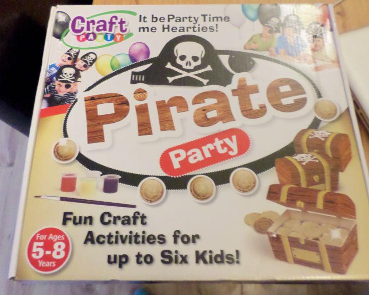 interplay pirate craft party kit