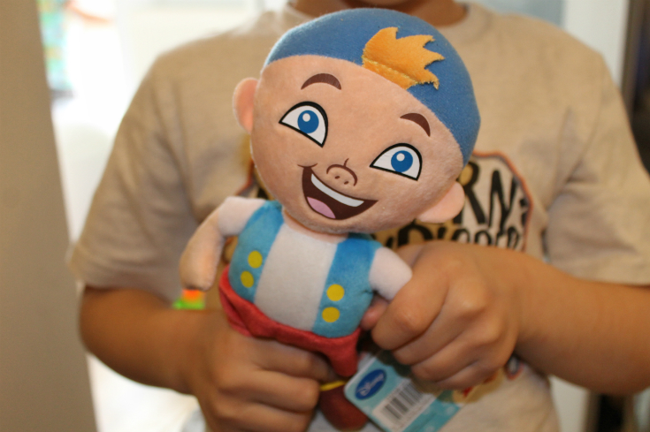jake and the neverland pirate toys