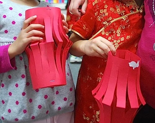 red lanterns Chinese new year craft for kids
