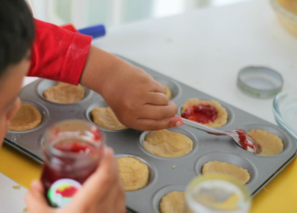 Easy Jam Tarts to Make With the Kids. What fun! Recipe by Into the Playroom