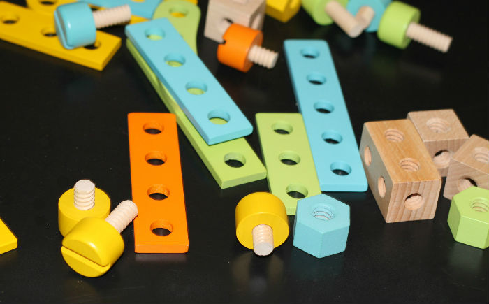 Bigjigs wooden construction set