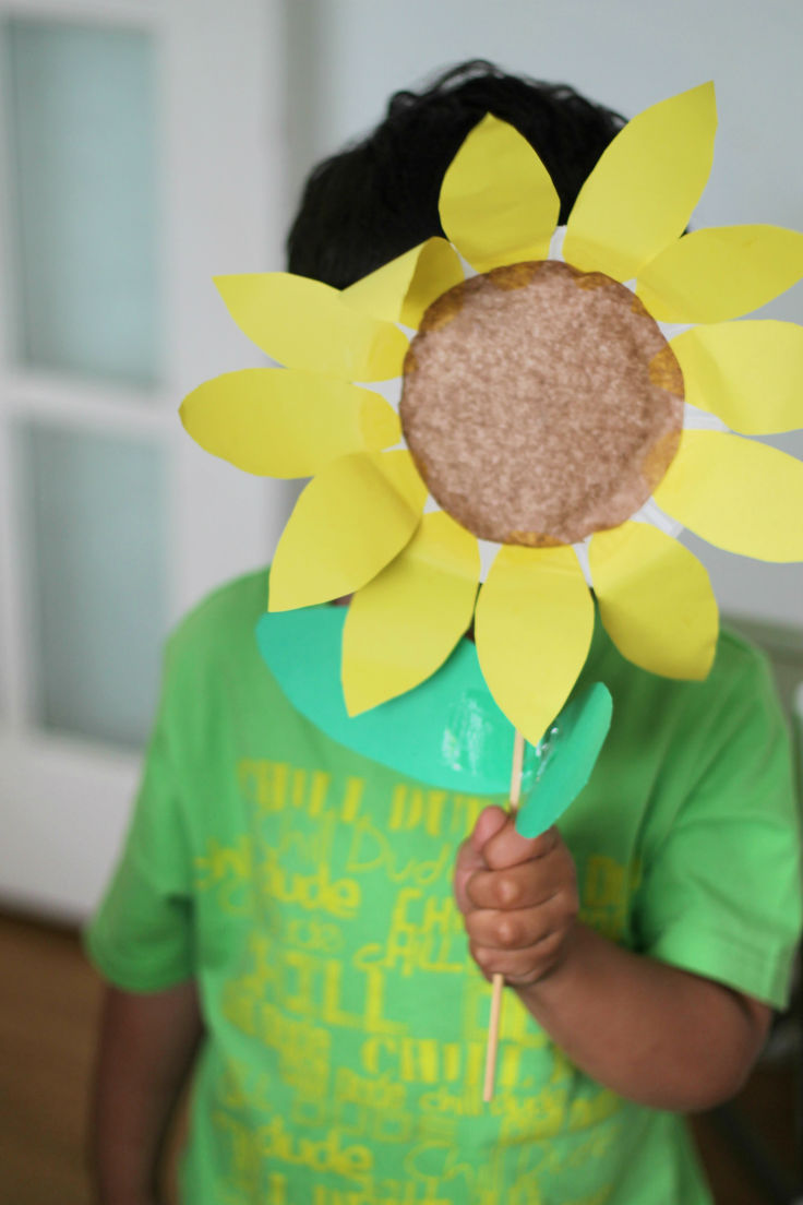 Paper plate sunflower & Paper Plate Sunflower - In The Playroom