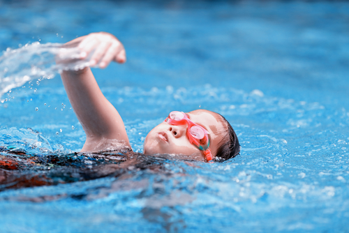 Is your child ready for swimming lessons? Signs to look out for to know that its time to start swim lessons