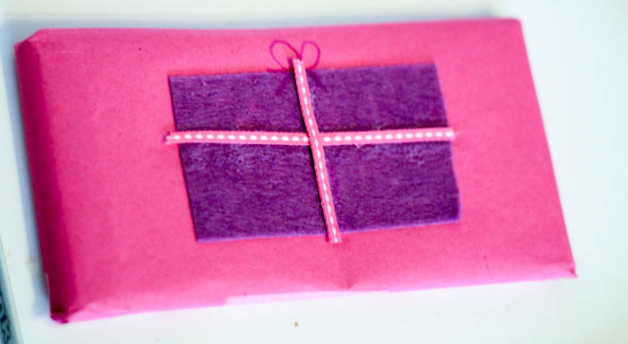 diy gift wrapped chocolate bar with a present design
