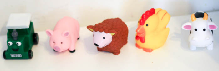 Tractor Ted squeaky bath toys