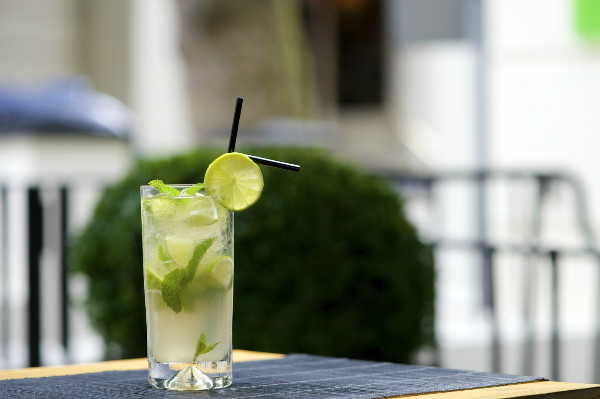 Lime mojito mocktail
