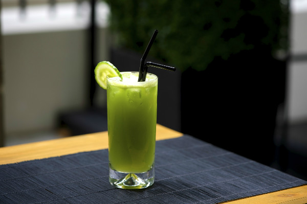 cucumber apple cooler mocktail recipe