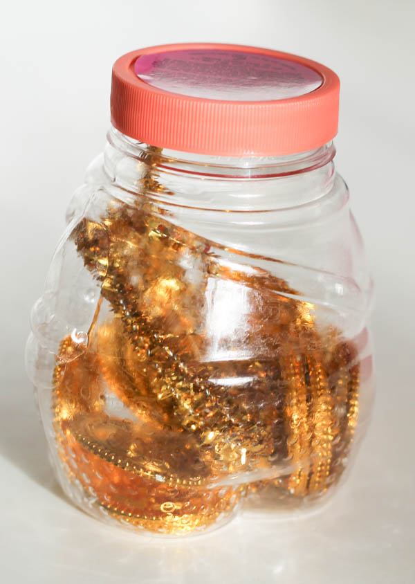 making pot of gold sensory bottle