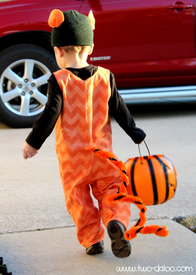 diy tigger from winnie the pooh costume