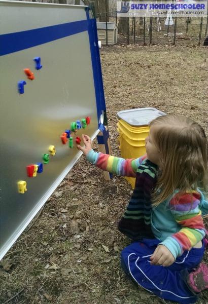 make an outdoor magnet board