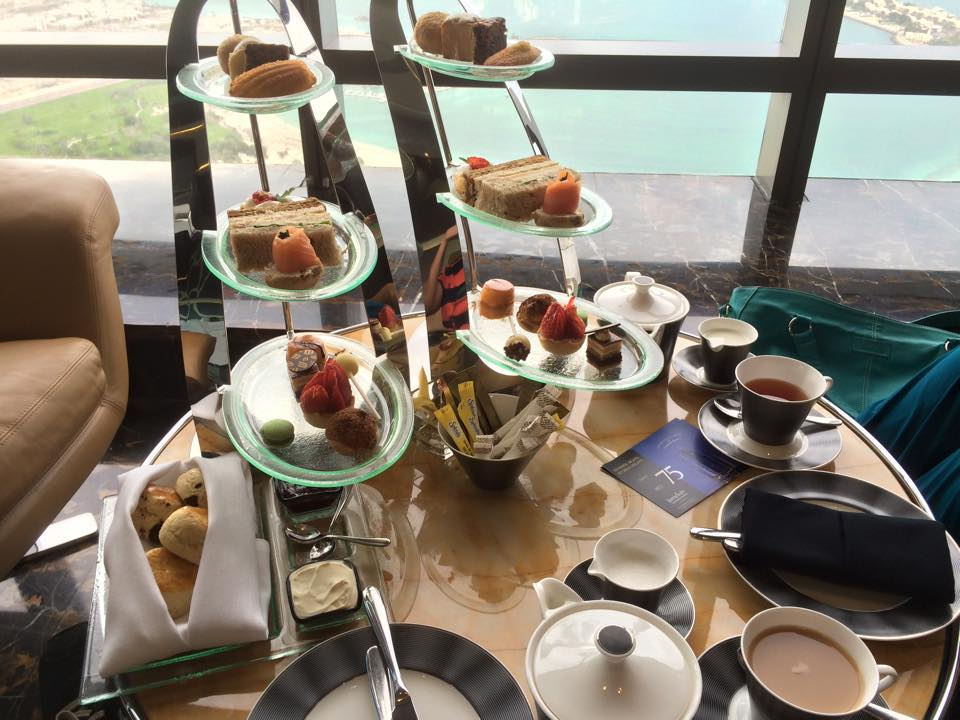 high tea at observation deck 300 jumeirah towers