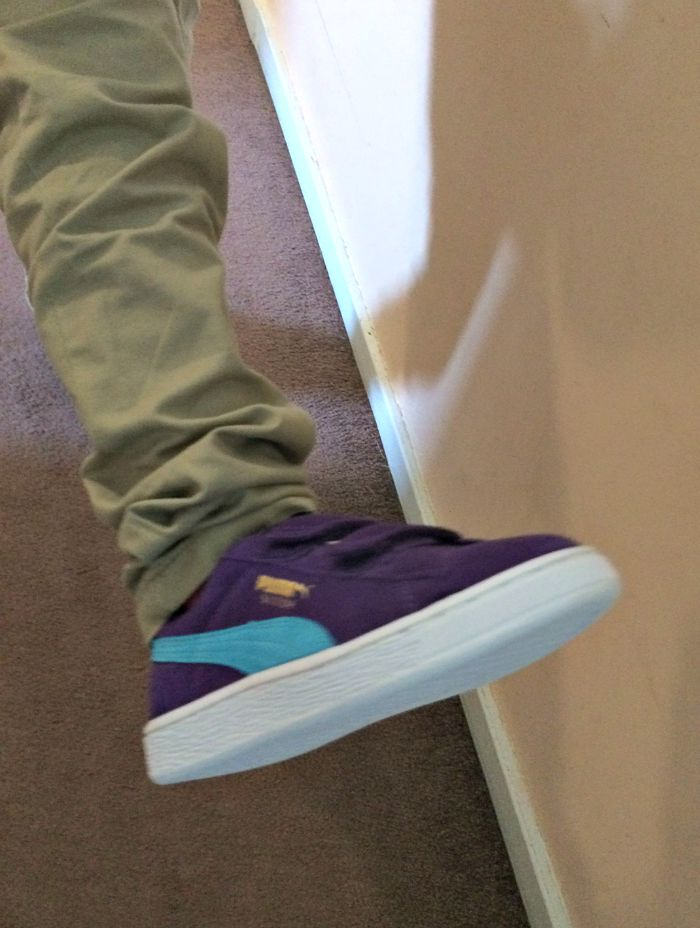 Kids puma trainers in purple
