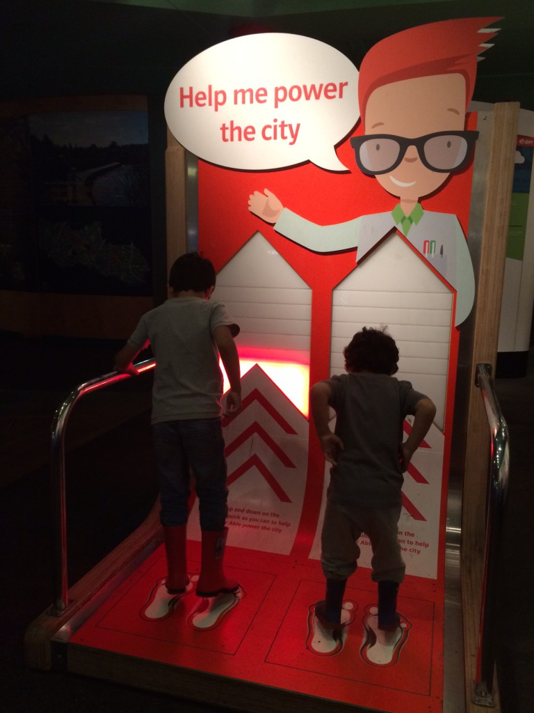 help power the city by movement. hands on science discovery at conkers