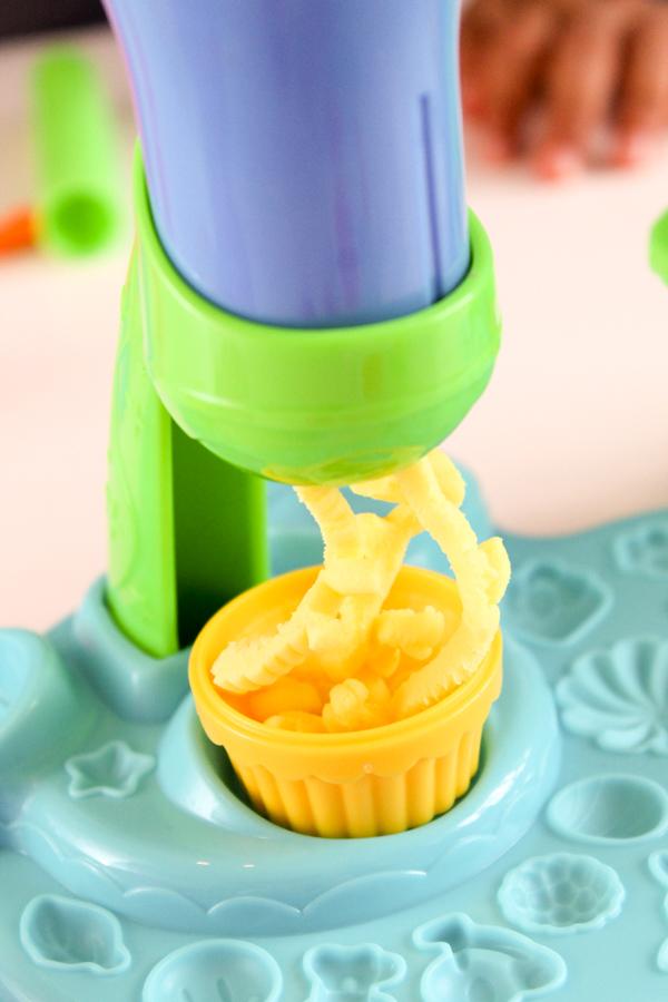 play-doh celebration cupcakes