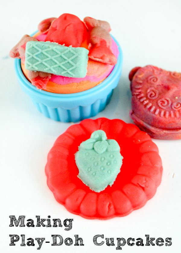 PLAYDOUGH-cupcakes