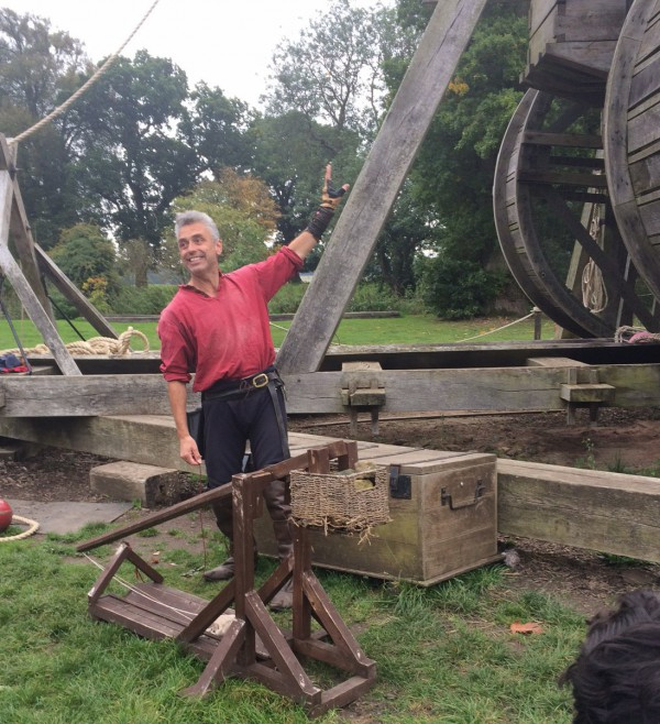 trebauchet at warwick castle