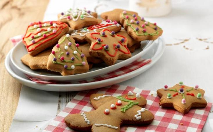 easy christmas ginger biscuits recipe
