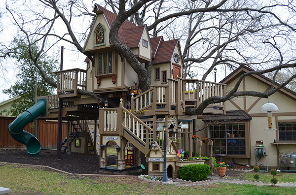 This absolutely huge playhouse via Beautiful Life. This was created by grandparents for their grandchildren, and since they grew up they've opened it up to all of the neighbourhood kids - how sweet is that!