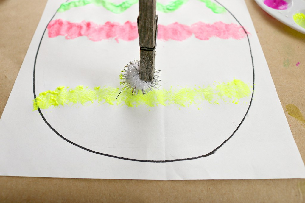 pom pom clothes peg fine motor painting
