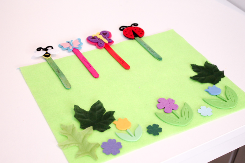 garden felt play scene with puppets