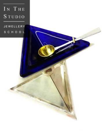 Silver-Geometric-Dish-and-Spoon