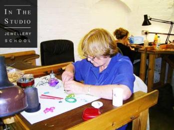 Wax-Casting-Course-Workshop