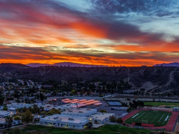 Santa Clarita Sunrise ove Saugus High School