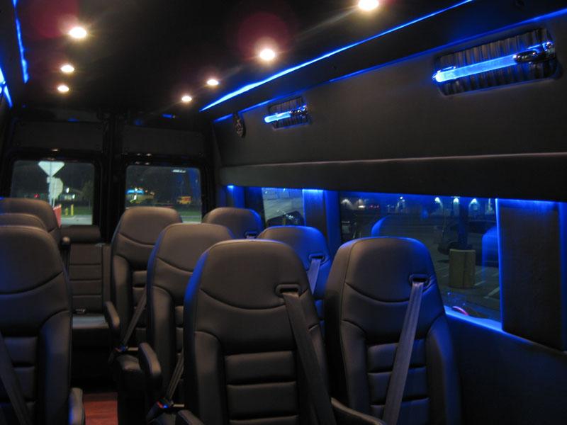 2006 Sprinter 3500 Mini Bus