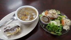 Suddenly Susan's | cup of soup & salad!