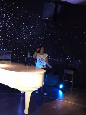 Piano Bar3