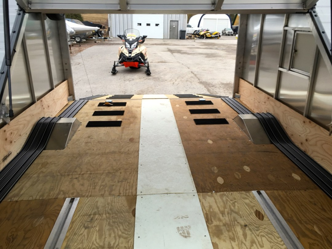 many snowmobile trailers are fully enclosed