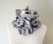 floral eclectic essence collar grey mauve ivory3