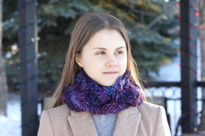 joy infinity cowl chunky purple4