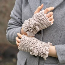 elegant-rose-hand-warmers-ivory1