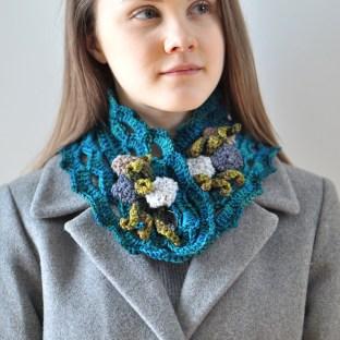 beach-stone-scarf-collar-blue-7