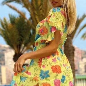 Пляжний жіночий одяг та аксесуари