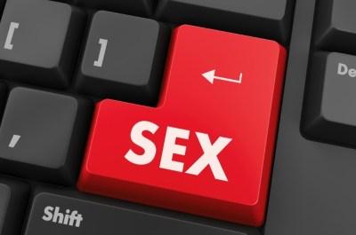Как и где найти девушку для секса без обязательств?