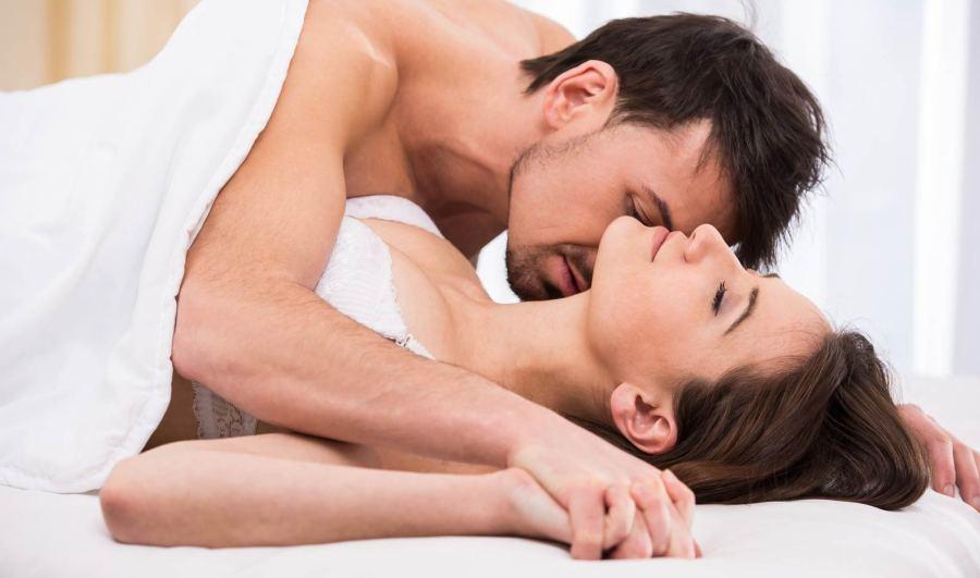 Как получить девушке оргазм