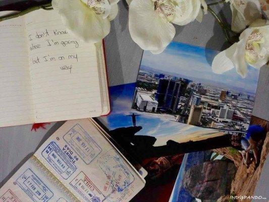 foto di viaggi e passaporto