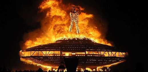 Festa del burning man in Nevada