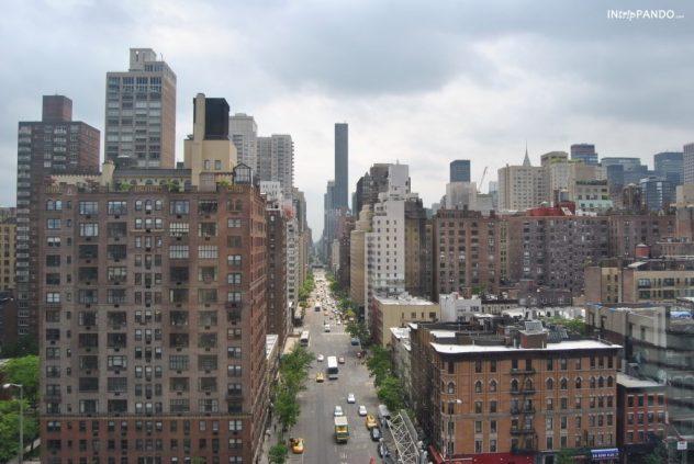Vista dei grattacieli di Manhattan dalla funivia