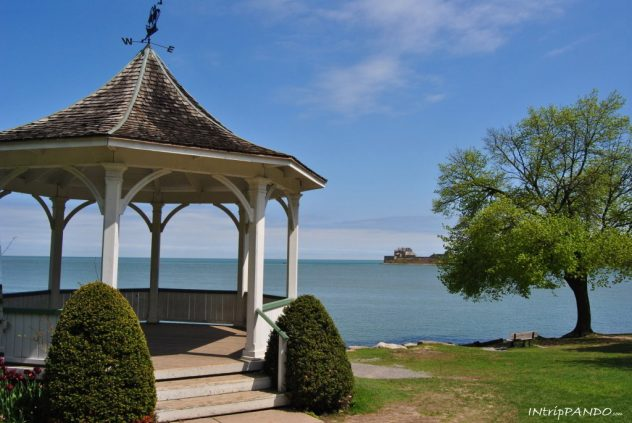 Gazebo sul lago a Niagara on the lake