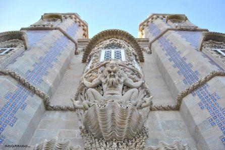 Decorazioni sulla facciata di Palacio da Pena a Sintra