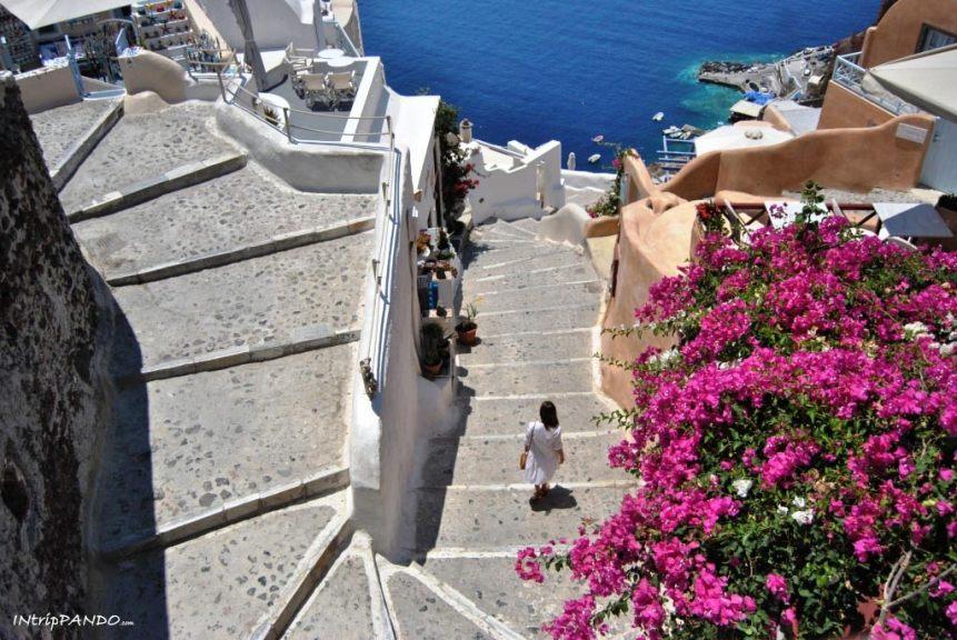 Il panorama sulla caldera di Santorini