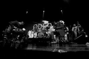 Reportagem do concerto dos Dead Combo no Teatro José Lúcio da Silva em Leiria, a 21 de Junho de 2018, no âmbito da 4ª edição do Festival A Porta - INTRO