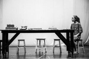 """Crítica da peça """"Alice no País das Maravilhas"""", apresentada no Teatro Nacional D. Maria II, no passado dia 4/1/2019   INTRO"""