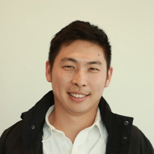 Headshot photograph of Hann-wei.