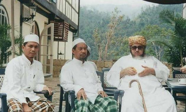 Abuya Sayyid Muhammad Alawi Al-Malik.