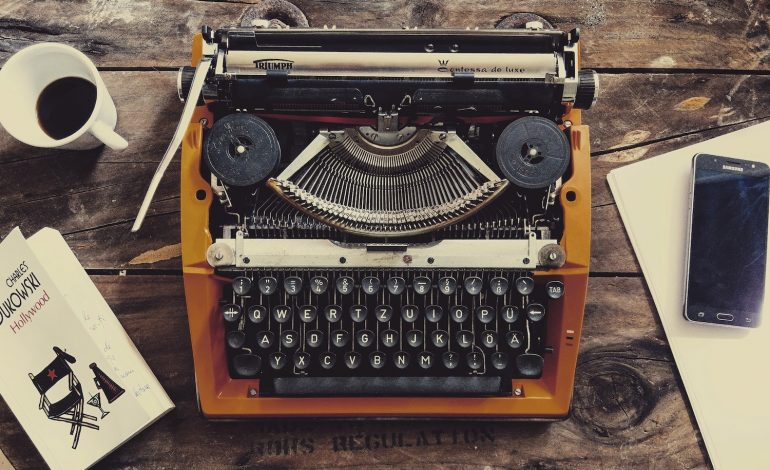a typewriter that represents an INFJ's struggle with writer's block